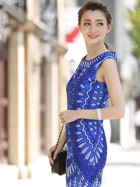画像2: [LK] [渚着用]ブルー・刺繍・立体・ノースリーブ・タイト・ミニドレス・ワンピース《送料&代引き手数料無料》