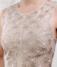 画像6: [BCBG MaxAzria]シャンパンゴールド・ノースリーブ・幾何学模様スパンコール刺繍・ロングドレス[山崎みどり着用]《送料&代引き手数料無料》 (6)