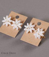 画像1: [ジュエリー][ピアス][イヤリング]パール・お花型・花びら・ピンタイプ・ピアス・ねじ式・イヤリング (1)