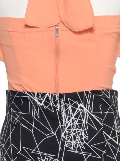 画像2: [SALE品のため返品不可&再入荷なしの現品限り][韓国製][Rinfarre] [薗田杏奈着用]フリルトップス・ホルターネック・タイト ジオメトリック柄スカート・セットアップ・ツーピース