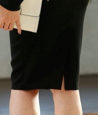 画像9: [お問い合わせ多数!!再入荷][韓国製][rinfarre][山崎みどり着用][姉ageha]ブラック・背中開きデザイン・ゴールドチェーン・シンプル・長袖・ミディアムドレス・ワンピース[送料無料] (9)