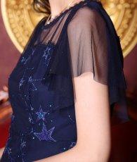 画像10: [ERUKEI]ネイビー・星型・チュールレース・刺繍・スパン・ラグジュアリー・半袖・アシメントリー・ミディアムドレス・ワンピース[黒木麗着用]《送料&代引き手数料無料》 (10)