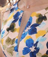 画像10: [ERUKEI]ピンクベージュ・プリント・ブルー系花柄・タイト・肩フリル・ノースリーブ・ミニドレス・ワンピース[山崎みどり着用][送料無料]my (10)