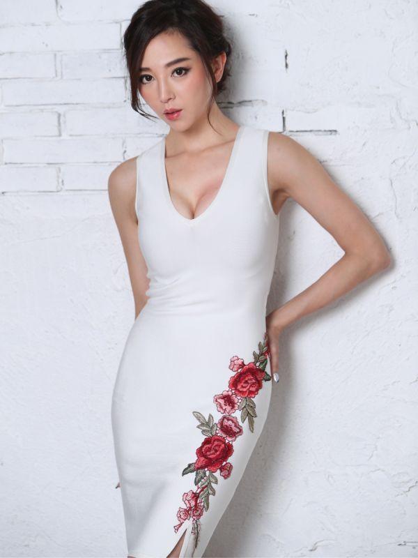 画像4: [Angel R][山崎みどり着用][姉ageha]ホワイト×赤ローズ刺繍・花柄刺繍・バンテージニット・ノースリーブ・タイト・ミニドレス《送料&代引き手数料無料》