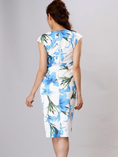 画像3: 【SALE品のため返品不可&再入荷なしの現品限り】[COLORDRESS] [山崎みどり着用][姉ageha]ホワイト×ブルー花柄・Vカット・ベルト付き・フレンチスリーブ・ミディアム・タイトドレス・ワンピース