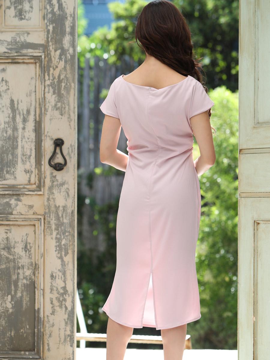画像3: [COLORDRESS] [山崎みどり着用][姉ageha]ベビーピンク・ブローチ付き・マーメイドライン・半袖・タイト・シンプル・ミディアムドレス・ワンピース