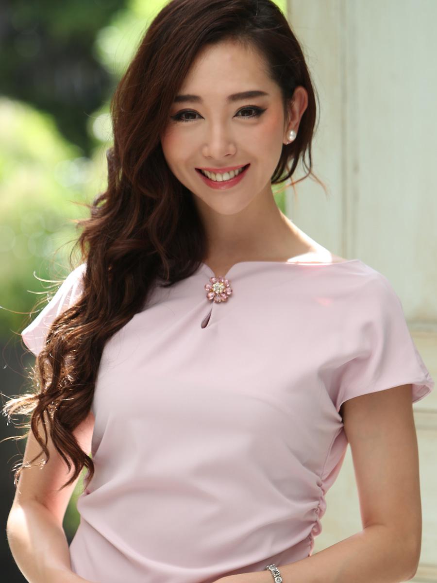 画像4: [COLORDRESS] [山崎みどり着用][姉ageha]ベビーピンク・ブローチ付き・マーメイドライン・半袖・タイト・シンプル・ミディアムドレス・ワンピース