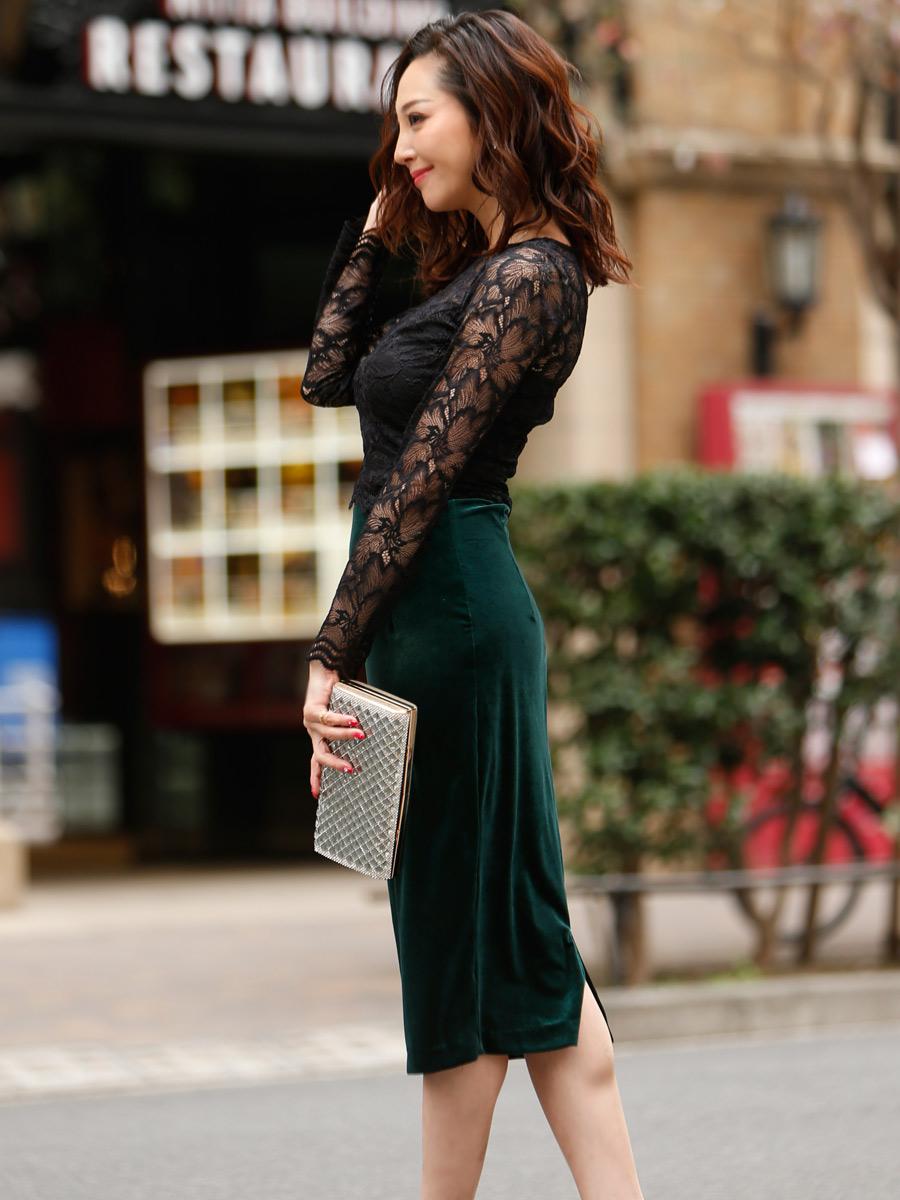 画像2: [COLORDRESS] [山崎みどり着用][姉ageha][韓国製]ブラックレース・長袖ブラウス・タイト・グリーンベロアミディアムスカート・セットアップ・ツーピース[送料無料]