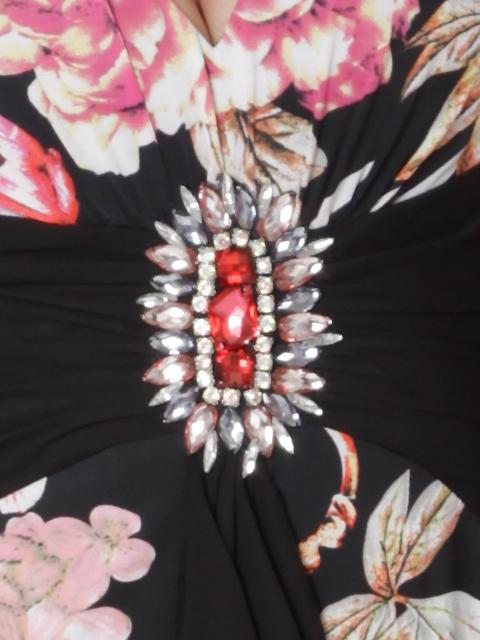 画像4: [LK][山崎みどり着用]フラワープリント・胸下ビッグストーン・ホルター・ミディアムドレス・ワンピース[送料無料]m_