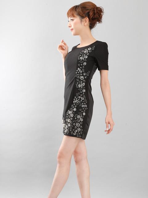 画像2: 【SALE品のため返品不可】[Glitter][山崎みどり着用]左サイドビーズ刺繍・半袖・ミニドレス・ワンピース